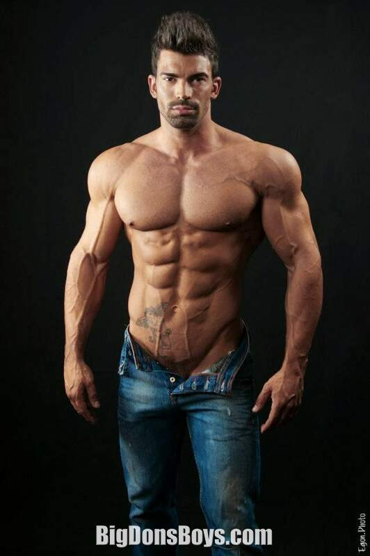 Tall Bodybuilder Sergi Constance Gallery
